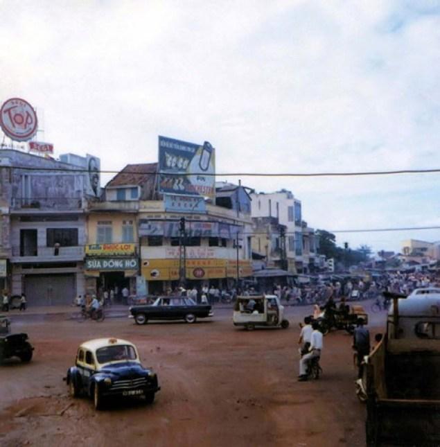 bo-anh-phim-vuong-an-tuong-ve-sai-gon-thap-nien-1960-hinh-1