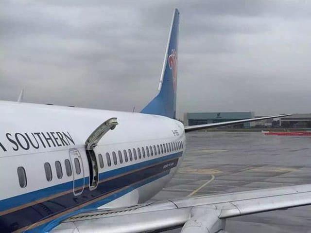 open-plane-door5-1483159276174