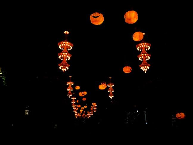 tache de rousseur blog voyage copenhague halloween tivoli2
