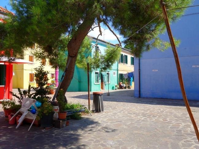 tache-de-rousseur-blog-venise-arbre-burano-calme-1024x768