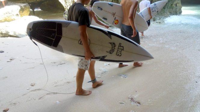 Voyage 1 mois en Indonesie - Sud Bali - Uluwatu Surf Break