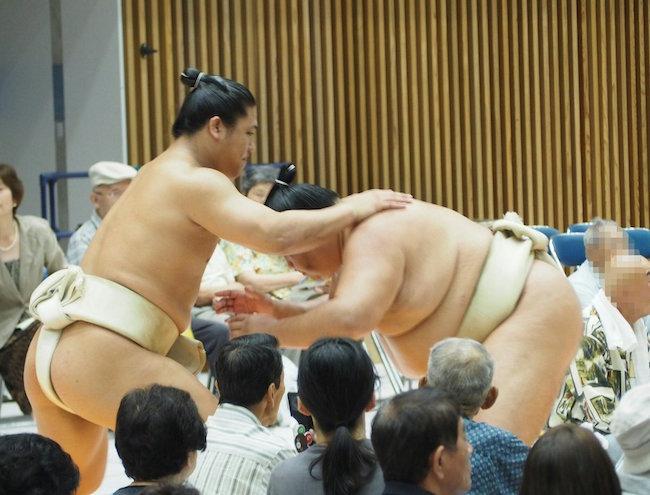 wakatakakage-reverse-butsukari-mitakeumi