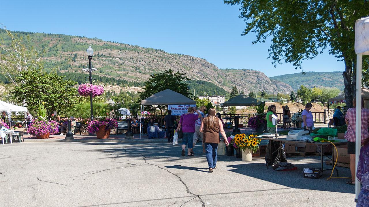 Trail Market On The Esplanade Day Program Fundraiser