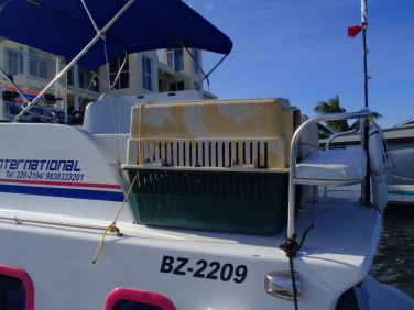 ambergris caye water taxi
