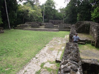 mayan temples in belize