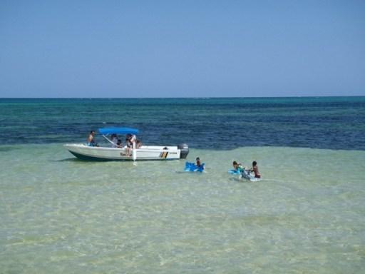 boat in belize