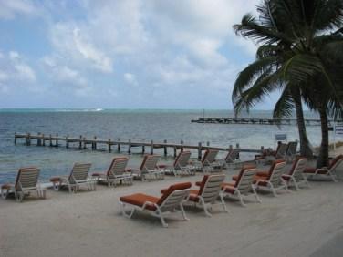 banana beach resort reviews