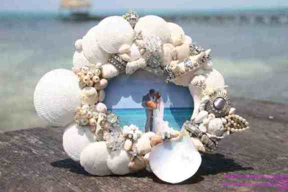 island style decor Shell and vintage jewellery picture frame