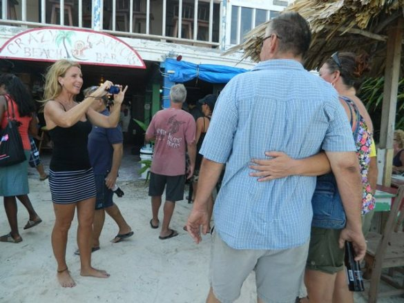 belize beach bars