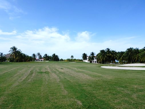 golf courses in belize