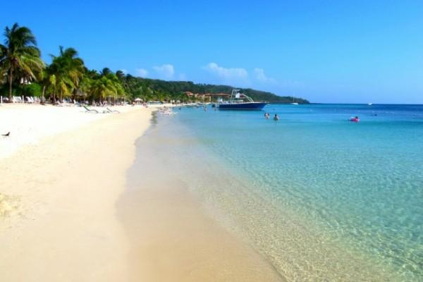 Roatan beaches