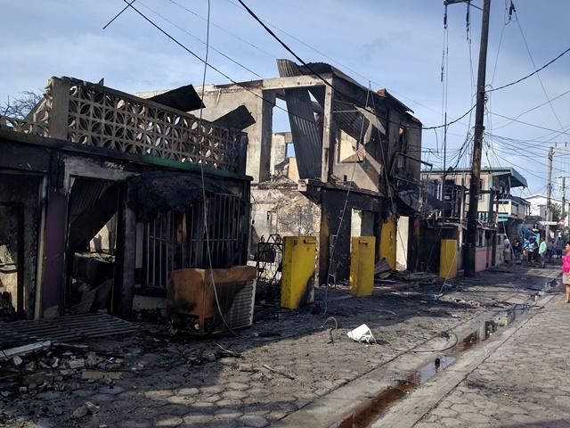 Fire on Pescadore Drive San Pedro