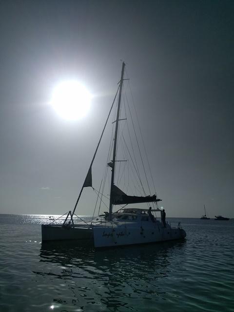 Impromptu Catamaran Ecologic Divers Belize