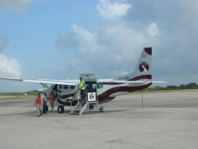 Flying roatan to Belize