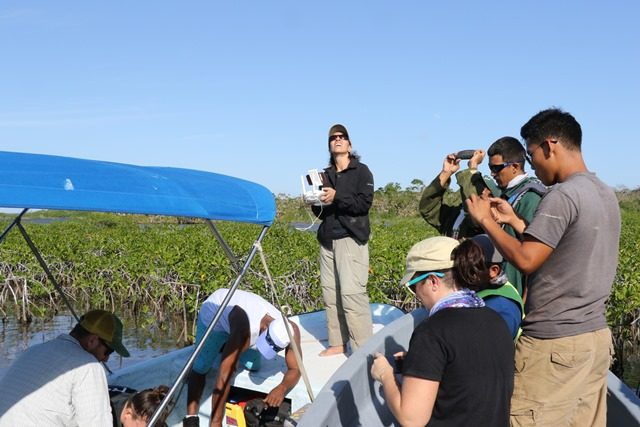Research boat trip Southern Belize