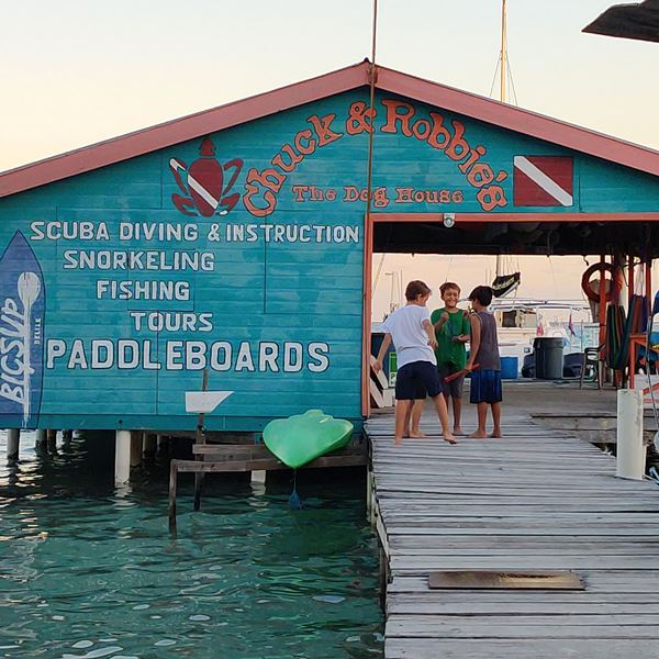 Chuck and Robbie's Dive Shop Ambergris Caye