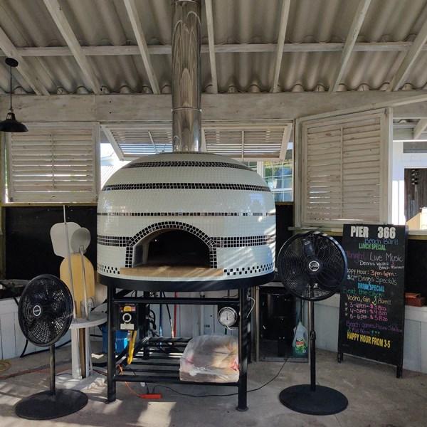 San Pedro Restaurants serving pizza