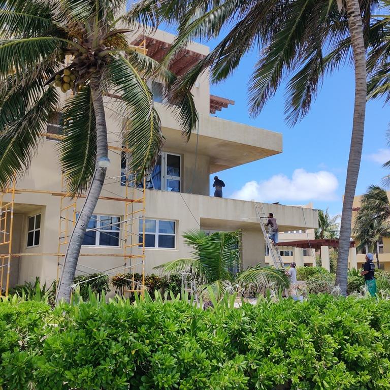 luxury resort san pedro