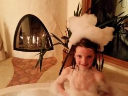 Bubble jacuzzi baths