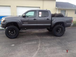 BDS Suspension lift kit Before and After pictures tires wheels specs