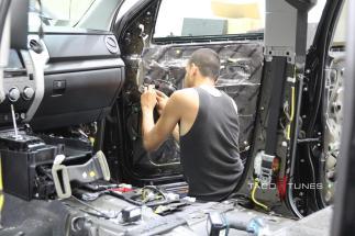 Toyota Tundra CrewMax 2014 TSS Offroad (3)