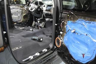 Toyota Tundra CrewMax Truck Teardown 2