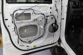 Toyota Tundra CrewMax TRD Pro Audio Upgrade (2)