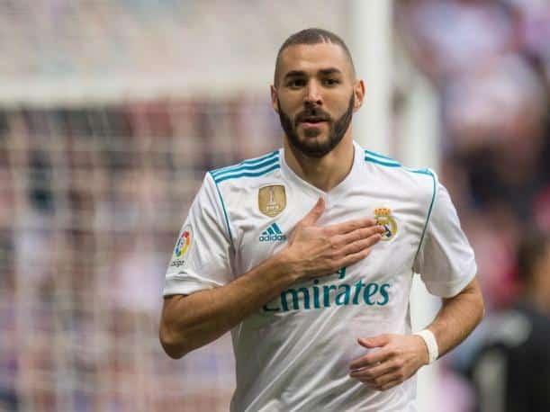 مهاجم ريال مدريد من اصول عربية من 6 حروف Tacteec