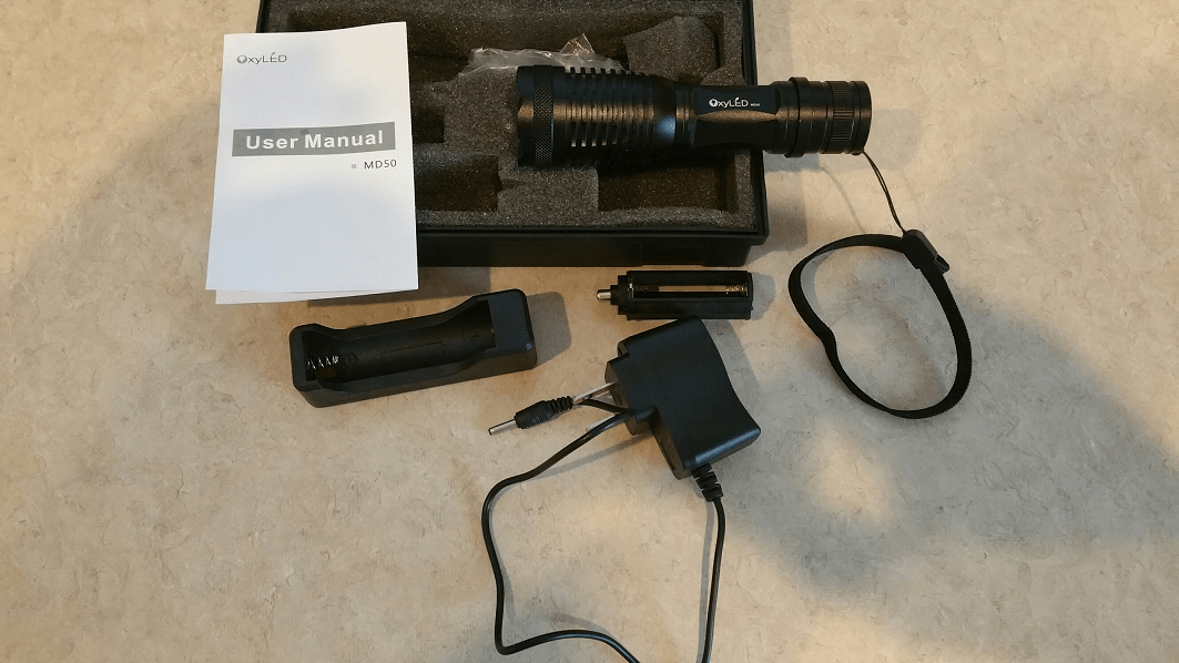 OxyLed MD50 500 lumen Cree Flashlight vs Streamlight Protac