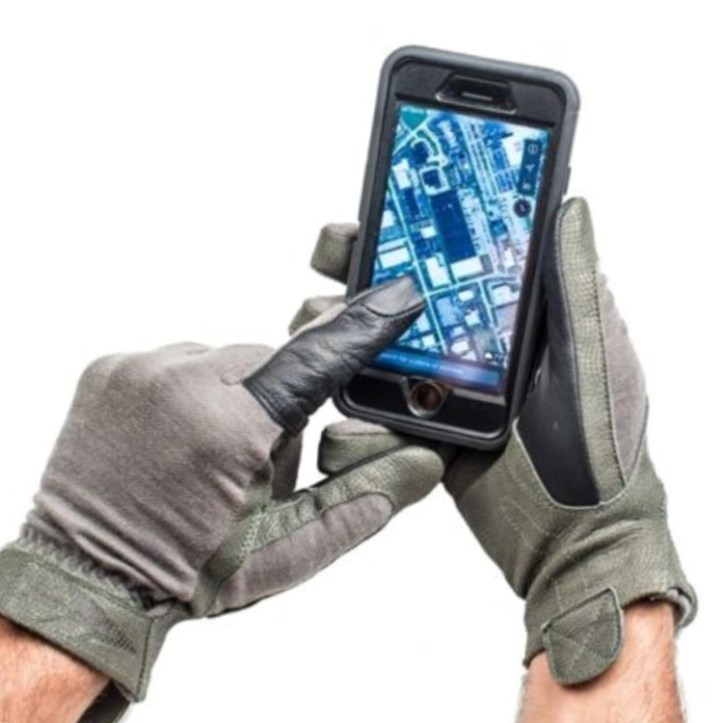 FirstSpear's Operator Glove is touchscreen friendly.
