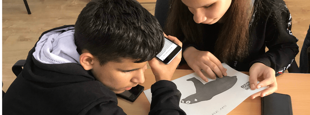 How to Adapt Tactile Graphics Downloaded from the Online LIBRARY to the Independent Study of a Blind Child Free of Charge
