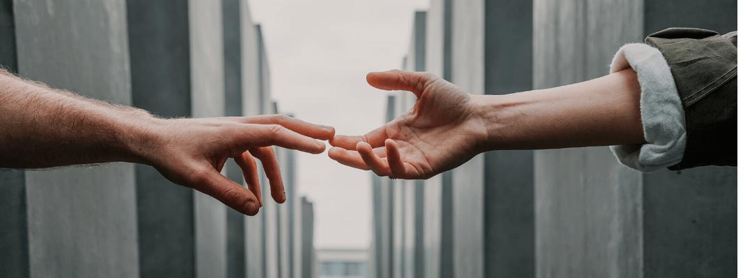 Poți să fii o persoană care schimbă lumea prin implicarea în acțiuni de crowdfunding destinate nevăzătorilor
