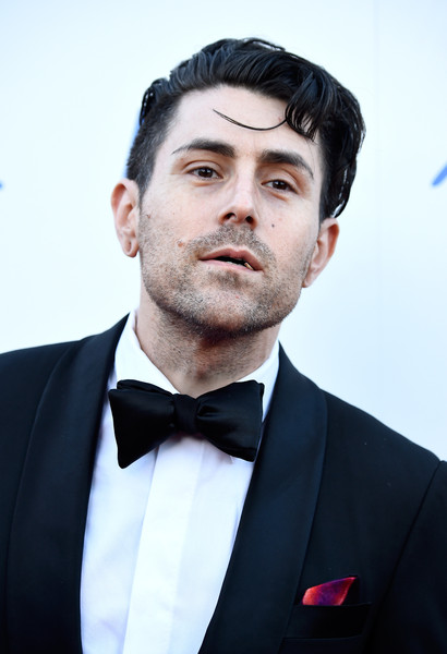 The 42-year old son of father (?) and mother(?), 170 cm tall Davey Havok in 2018 photo