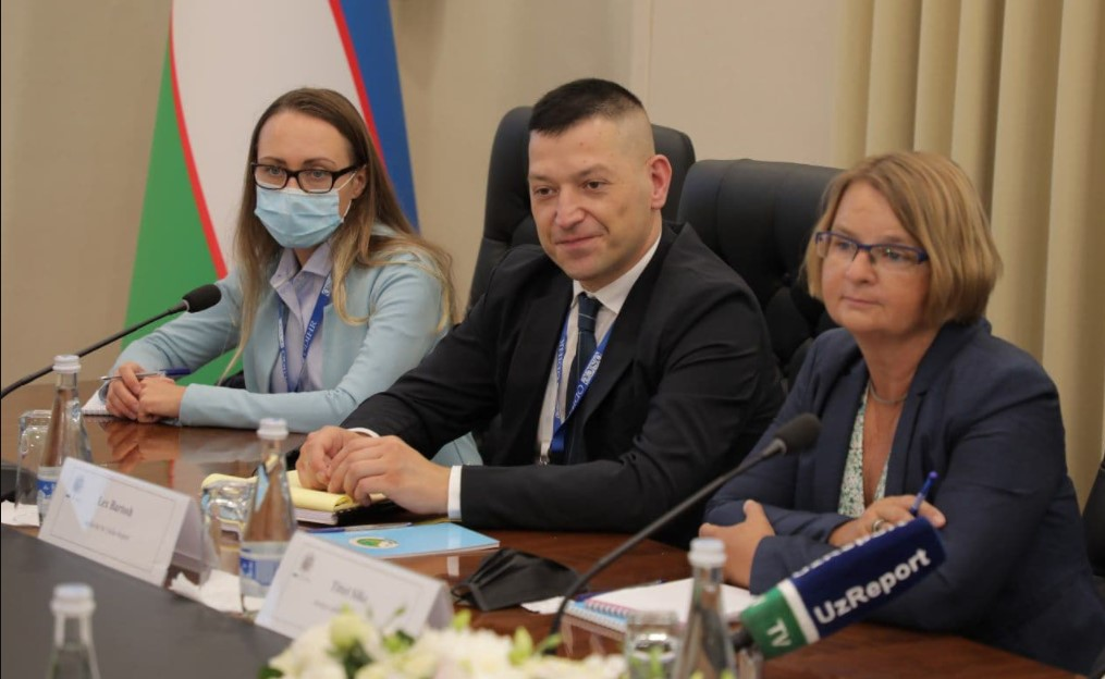 Фото: отчете миссии БДИПЧ ОБСЕ, которая прибыла в Узбекистан для наблюдения за президентскими выборами