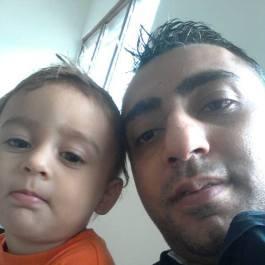Isa ja poja selfie