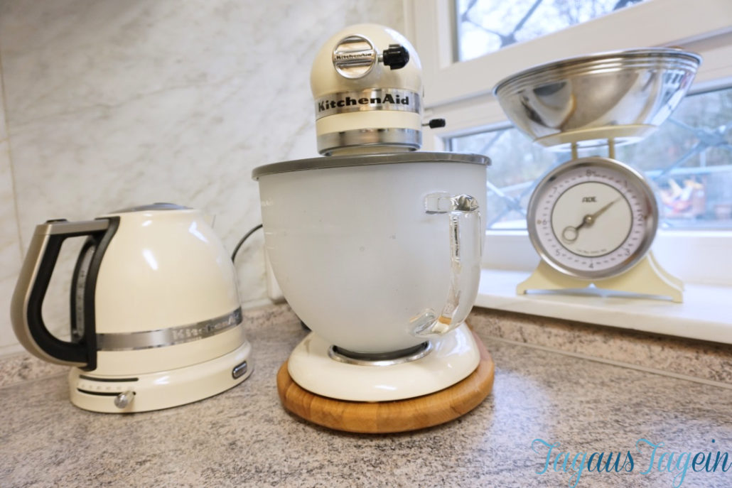 Kitchenaid in Creme