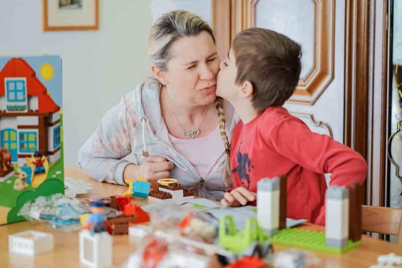 Spielen mit Kindern und Lego duplo