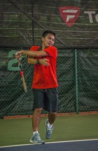 Top Singapore Left Handed Tennis Coach Dave Regencia