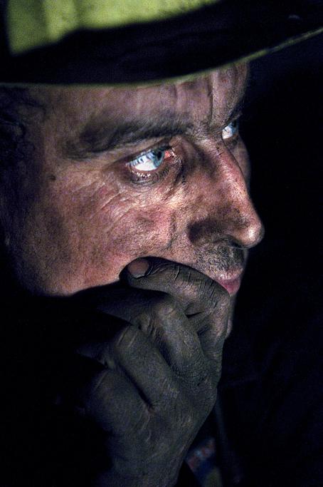 Tahir Özgür Madenciler-04