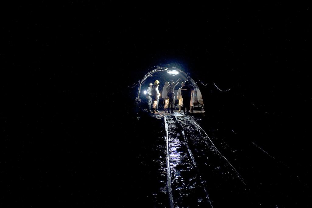 Tahir Özgür Madenciler-06