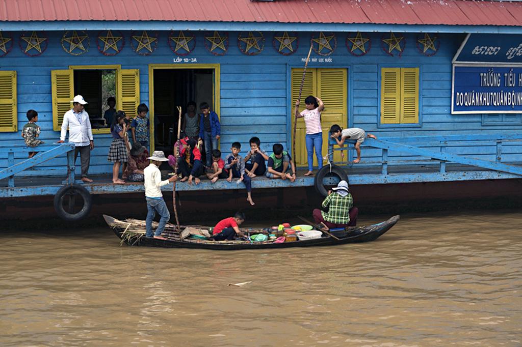 Tahir Özgür Vietnam-Cambodia-120c