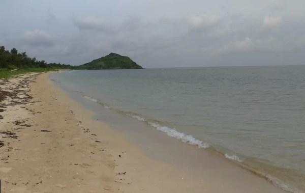 野底ビーチ(野底キノコ岩)