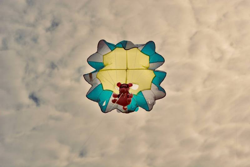 Parachute piggy