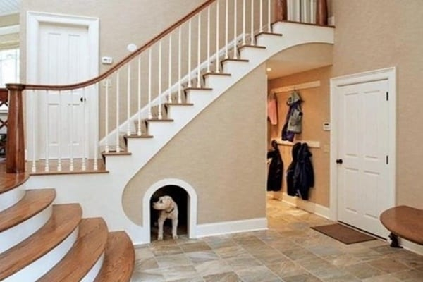 25 Great Ideas Of Dog House Under Staircase Tail And Fur | Staircase For Small House | Internal | Popular | Tiny House | Concrete | Diy