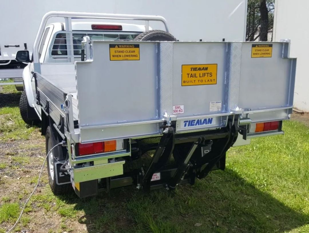 Conventional tail lift model TPC500S