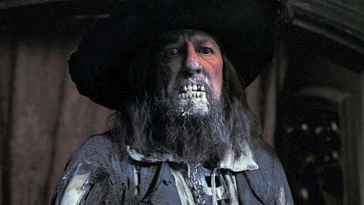 Geoffrey Rush gets exposed in 'Pirates of the Caribbean'