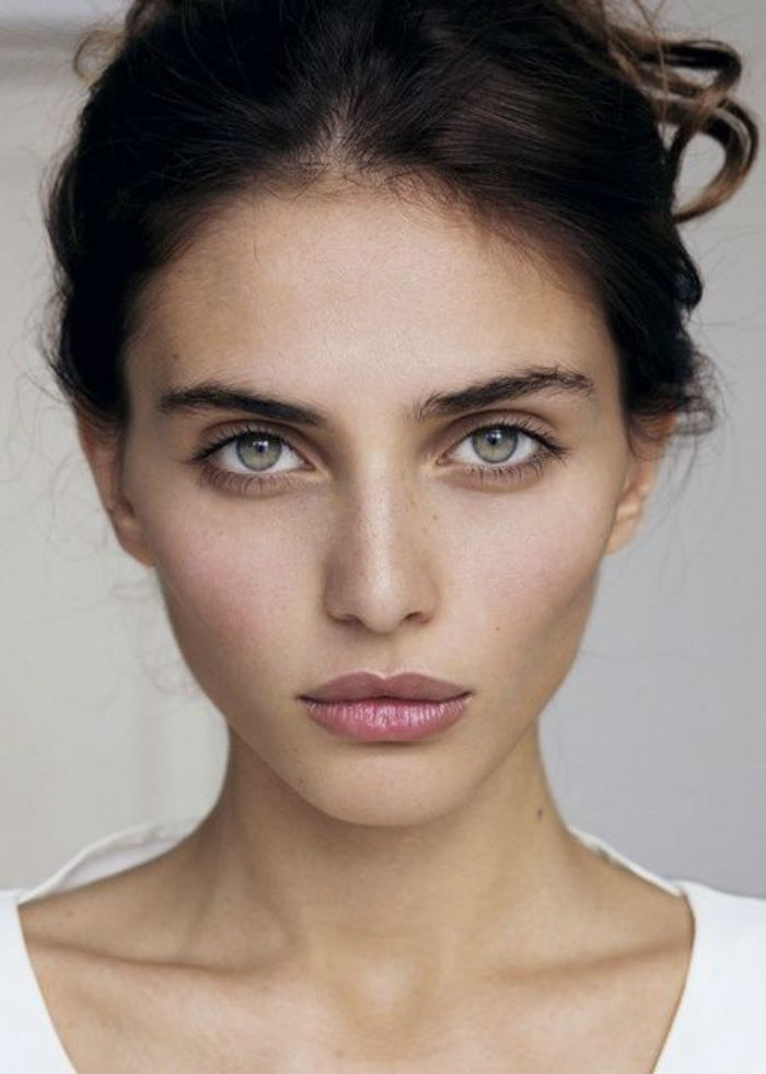 barely-there-make-up