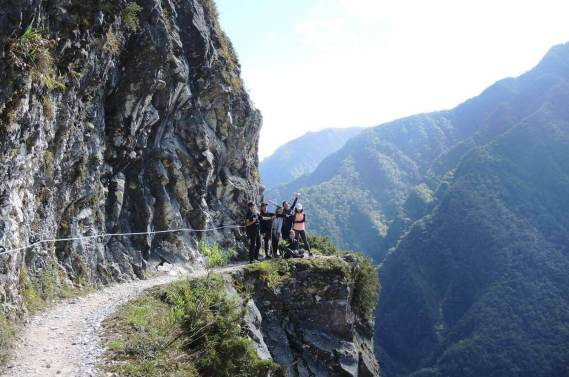 top 30 scenes of mytaiwantour_zhuliu old trail in taroko gorge