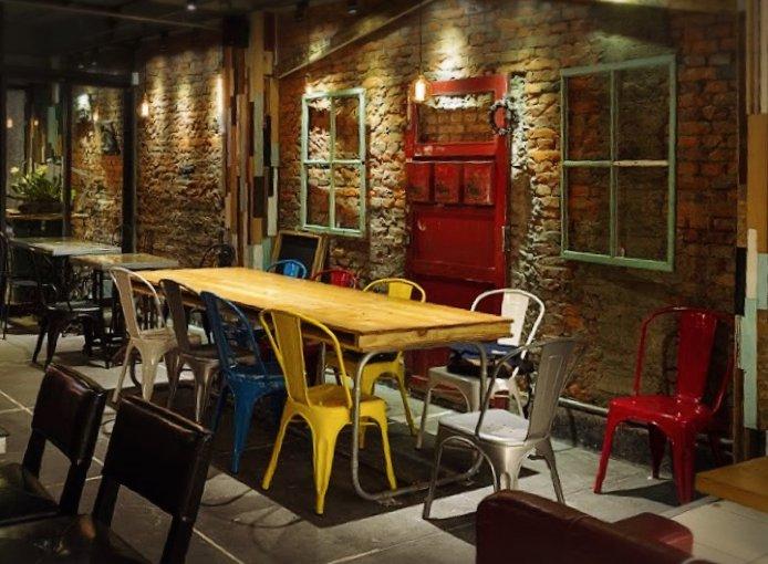 taiwan-scene-beer-restaurant-moon-bear-loves-dancing-2