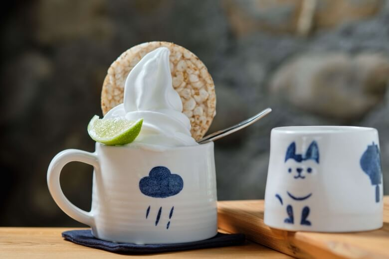 The ice cream made of tea.